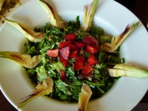 A colourful and tasty Cretan salad at Myrsini restaurant in Thessaloniki.